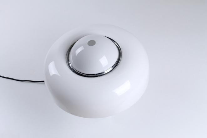 guzzini-brumbury-table-light-luigi-massoni-white-shade-italian-plastic-design-iguzzini-harvey-creazioni-mushroom-4