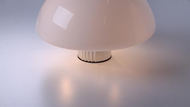 guzzini-table-light-white-shade-italian-plastic-design-iguzzini-harvey-creazioni-mushroom-7