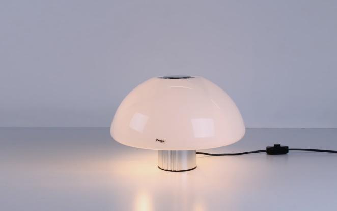 guzzini-table-light-white-shade-italian-plastic-design-iguzzini-harvey-creazioni-mushroom-8