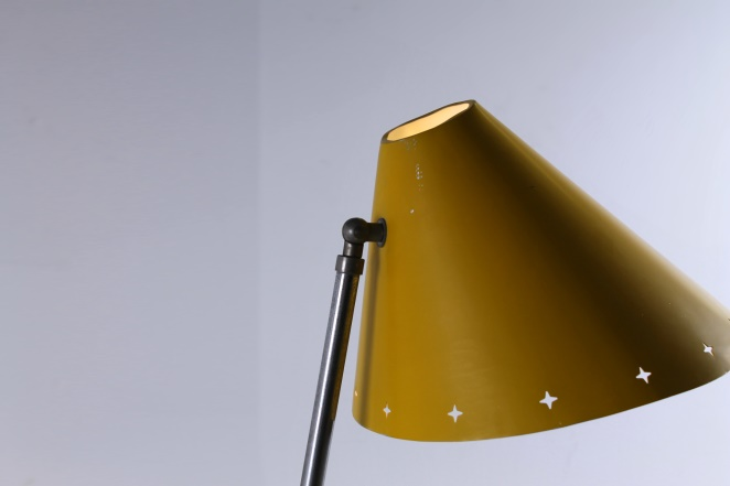 hala-pinocchio-large-floor-light-fifties-mid-century-modern-city-design-modernist-minimal-rare-vintage-items-4