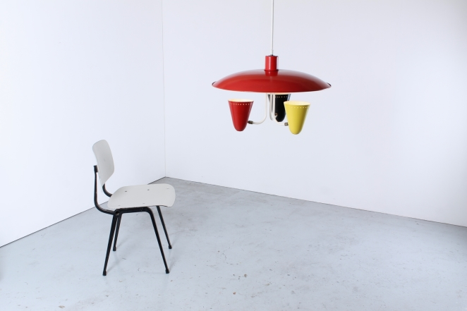 hala-saucer-red-black-yellow-pendant-spots-metal-optimistic-color-scheme-midcentury-post-war-design-holland-netherlands-vintage-industrial-retro-busquet-3