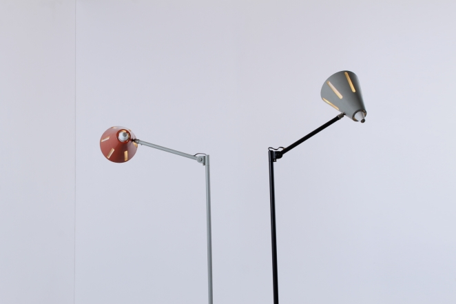 hala-sun-series-t-busquet-vintage-minimalist-floor-light-dutch-design-red-grey-zonneserie-3