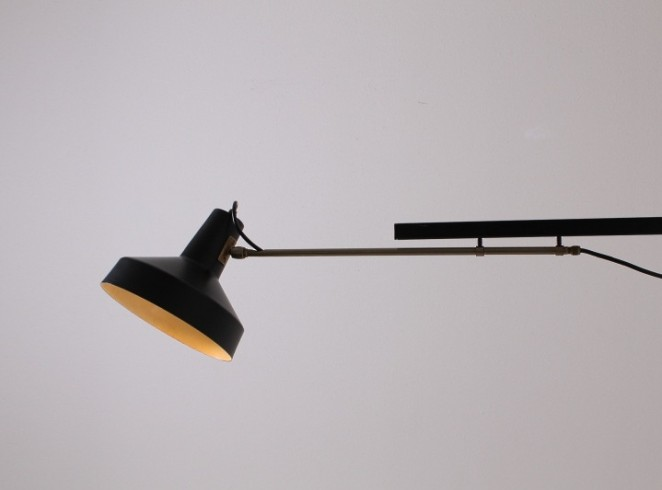 hiemstra-evolux-telescope-black-dutch-design-extendable-light-industrial-1