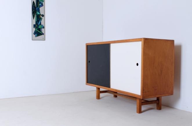 jaap-penraat-pentagonia-sideboard-wood-base-gerrit-rietveld-style-vintage-dutch-design-credenza-fifties-modernism-4