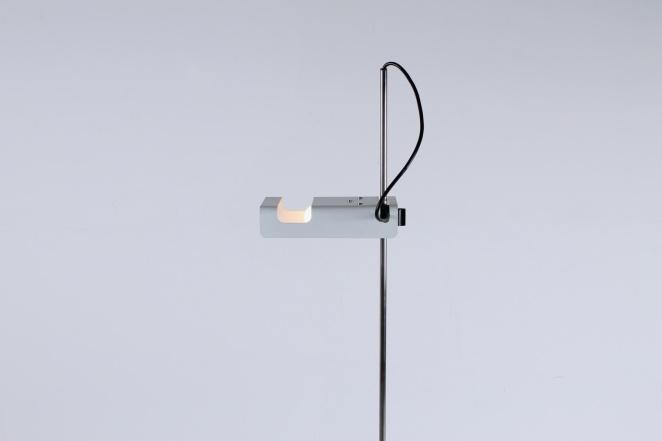 joe-colombo-spider-floor-lamp-white-vintage-oluce-italian-lighting-design-italian-modern-1