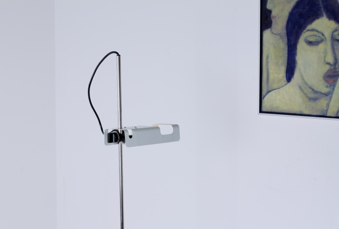 joe-colombo-spider-floor-lamp-white-vintage-oluce-italian-lighting-design-italian-modern-2