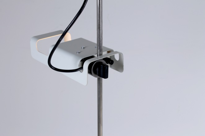 joe-colombo-spider-floor-lamp-white-vintage-oluce-italian-lighting-design-italian-modern-6