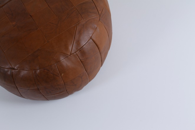 leather-pouf-foot-stool-footstool-ottoman-vintage-patchwork-seventies-2