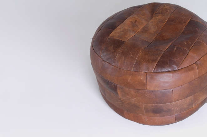 leather-pouf-foot-stool-footstool-ottoman-vintage-patchwork-seventies-vintage-shop-display-material-3