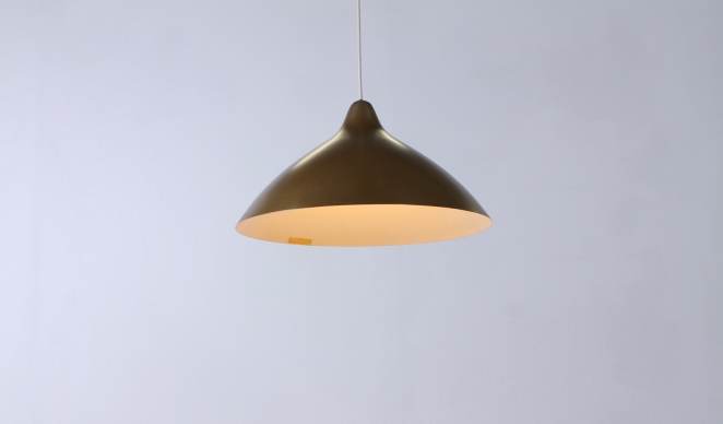lisa-johannson-pape-pendant-gold-brass-stockmann-orno-finland-fins-helsinki-1940ies-1947-skandinavian-vintage-used-condition-aluminium-copper-look-design-2