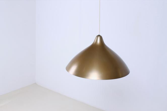 lisa-johannson-pape-pendant-gold-brass-stockmann-orno-finland-fins-helsinki-1940ies-1947-skandinavian-vintage-used-condition-aluminium-copper-look-design-5