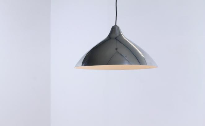 lisa-johannson-pape-pendant-plane-aluminium-stockmann-orno-finland-fins-helsinki-1940ies-1947-skandinavian-vintage-used-condition-design-1