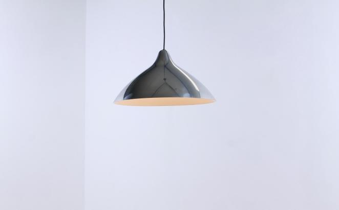 lisa-johannson-pape-pendant-plane-aluminium-stockmann-orno-finland-fins-helsinki-1940ies-1947-skandinavian-vintage-used-condition-design-2