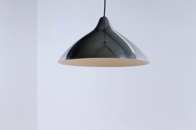 lisa-johannson-pape-pendant-plane-aluminium-stockmann-orno-finland-fins-helsinki-1940ies-1947-skandinavian-vintage-used-condition-design-5