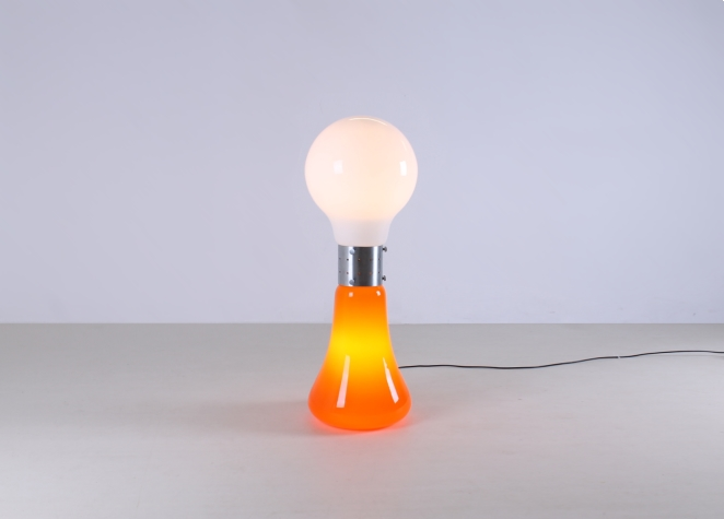 mazzega-murano-carlo-nason-italian-lighting-design-vintage-pop-art-sixties-retro-bulb-orange-white-floor-light-cencity-mazegga-glass-1