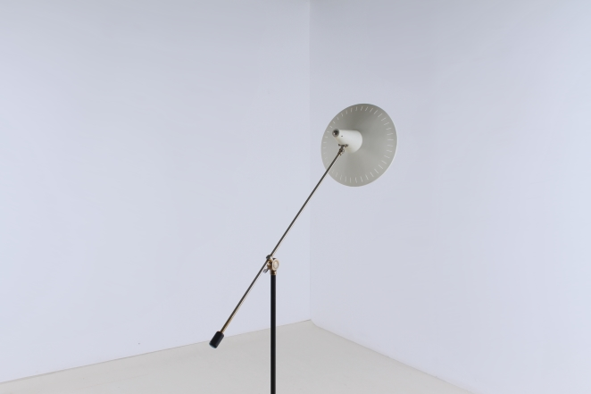 metal-floor-light-anvia-dutch-design-modernist-white-white-vintage-fifties-adjustable-minimal-cencity-panama-rietveld-like-1