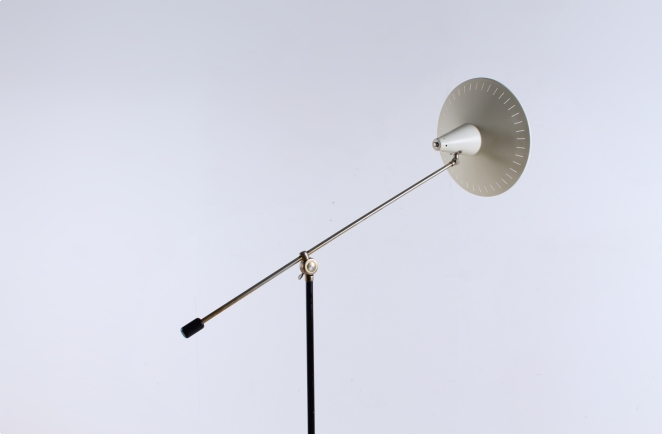 metal-floor-light-anvia-dutch-design-modernist-white-white-vintage-fifties-adjustable-minimal-cencity-panama-rietveld-like-9