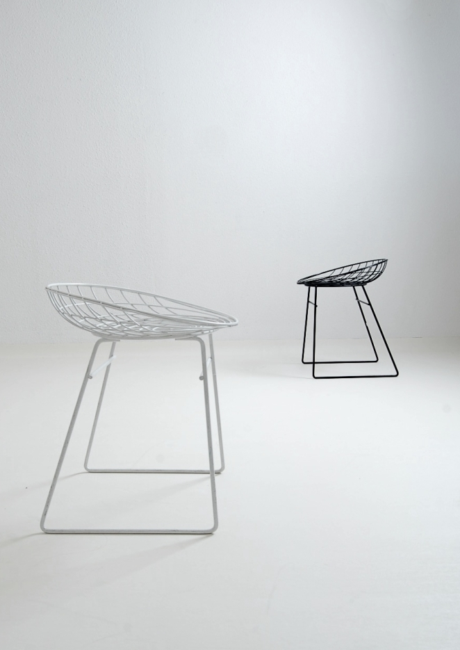metal-wiring-stool-tomado-pilastro-pastoe-dekker-braakman-dutch-design-vintage-retro-3