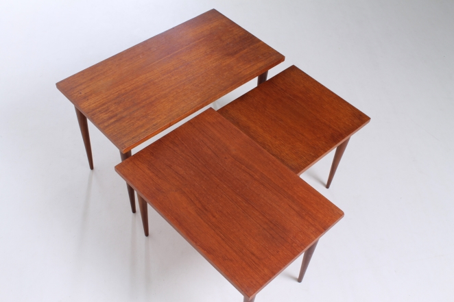 nesting-table-teak-vintage-small-furniture-tables-sidetables-fifties-pastoe-wood-timber-5