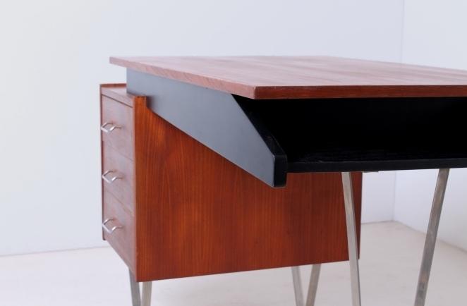 pastoe-cees-braakman-hairpin-flatsteel-legs-sprietbureau-writing-desk-vintage-furniture-fifties-midcentury-design-teak-chrome-4