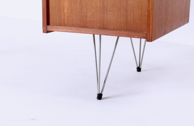 pastoe-desk-UMS-black-drawers-hairpin-wire-legs-chrome-minimalism-cees-braakman-midcentury-fifties-design-timber-12