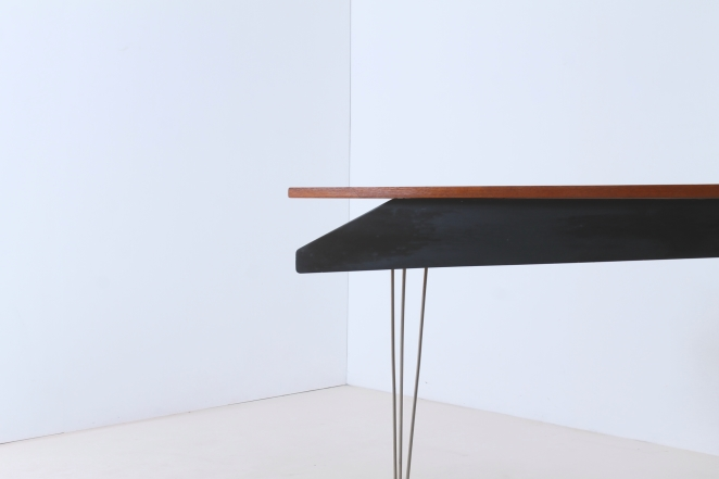 pastoe-desk-UMS-black-drawers-hairpin-wire-legs-chrome-minimalism-cees-braakman-midcentury-fifties-design-timber-3