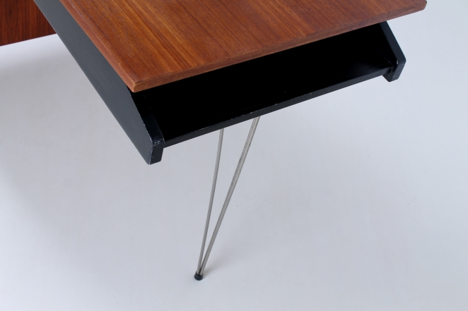 pastoe-desk-UMS-teak-drawers-hairpin-wire-legs-chrome-minimalism-braakman-midcentury-fifties-design-dutch-4