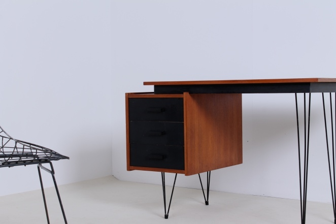pastoe-desk-black-drawers-teak-hairpin-wire-legs-braakman-fifties-design-dutch-2