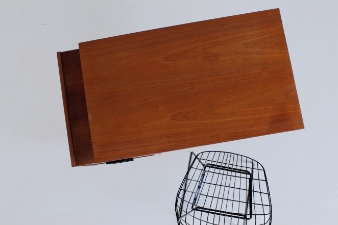 pastoe-desk-black-drawers-teak-hairpin-wire-legs-braakman-fifties-design-dutch-3