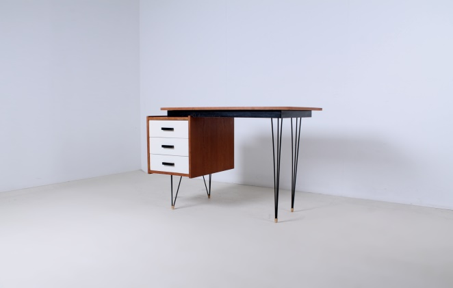 pastoe-desk-white-drawers-teak-hairpin-wire-legs-braakman-fifties-design-dutch-1
