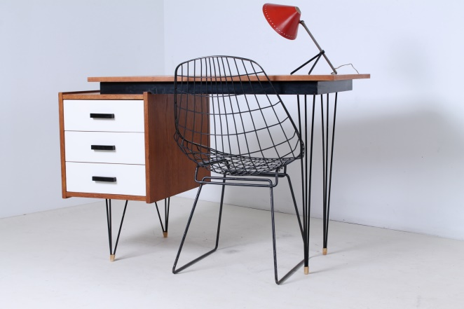 pastoe-desk-white-drawers-teak-hairpin-wire-legs-braakman-fifties-design-dutch-2