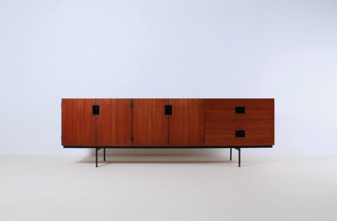 pastoe-du-03-du03-sideboard-japanese-series-cees-braakman-credenza-lowboard-teak-timber-large-metal-base-vintage-furniture-commode-cencity-1