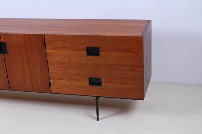pastoe-du-03-du03-sideboard-japanese-series-cees-braakman-credenza-lowboard-teak-timber-large-metal-base-vintage-furniture-commode-cencity-17