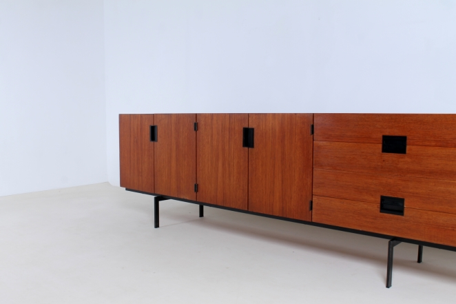 pastoe-du-03-du03-sideboard-japanese-series-cees-braakman-credenza-lowboard-teak-timber-large-metal-base-vintage-furniture-commode-cencity-7