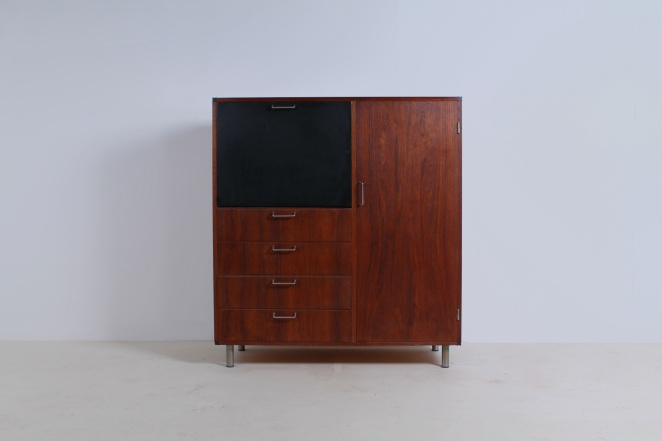 pastoe-highboard-black-made-to-measure-luxe-desk-sideboard-fifties-braakman-design-dutch-fifties-teak-furniture-1