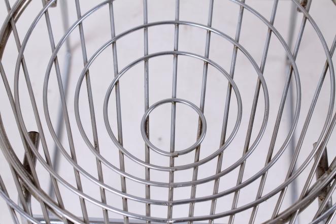 pastoe-metal-wiring-steel-iron-stools-seating-vintage-design-cees-braakman-chrome-plated-chromed-edition-set-2