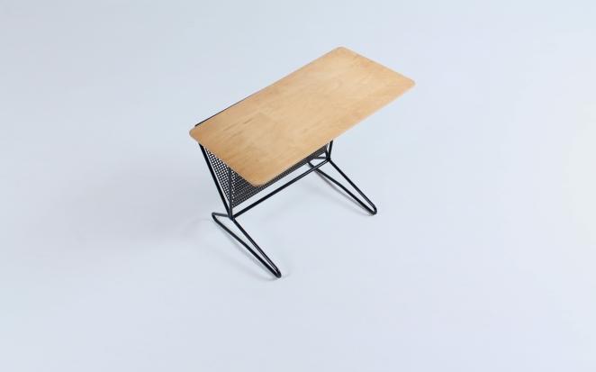 pastoe-tm-o5-t-m-o-5-magazine-rack-holder-cees-braakman-dutch-combex-design-series-birch-wood-plywood-cencity-3