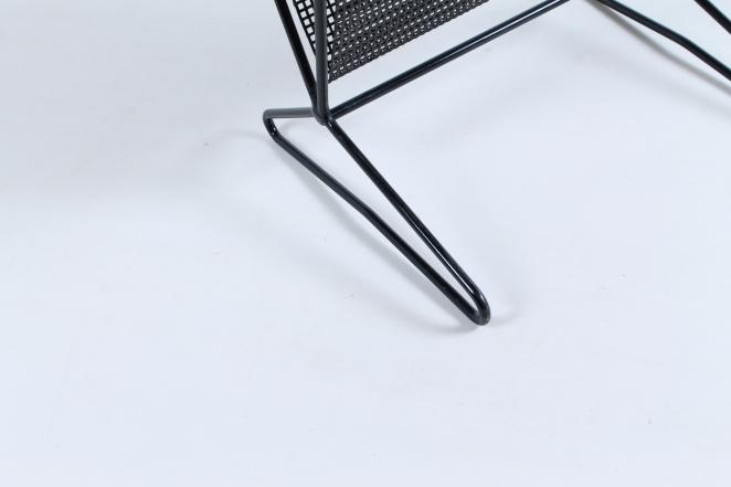 pastoe-tm-o5-t-m-o-5-magazine-rack-holder-cees-braakman-dutch-combex-design-series-birch-wood-plywood-cencity-4