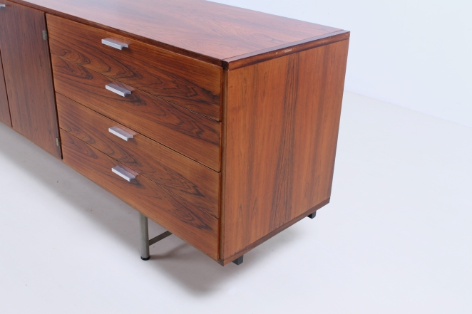 pastoe-ums-CR-series-cees-braakman-rosewood-palissander-credenza-sideboard-low-board-vintage-cencity-storage-cabinet-commode-kast-hout-wood-timber-10