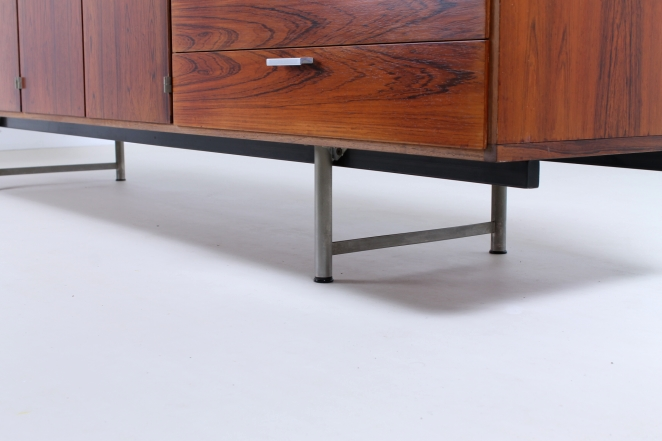 pastoe-ums-CR-series-cees-braakman-rosewood-palissander-credenza-sideboard-low-board-vintage-cencity-storage-cabinet-commode-kast-hout-wood-timber-13