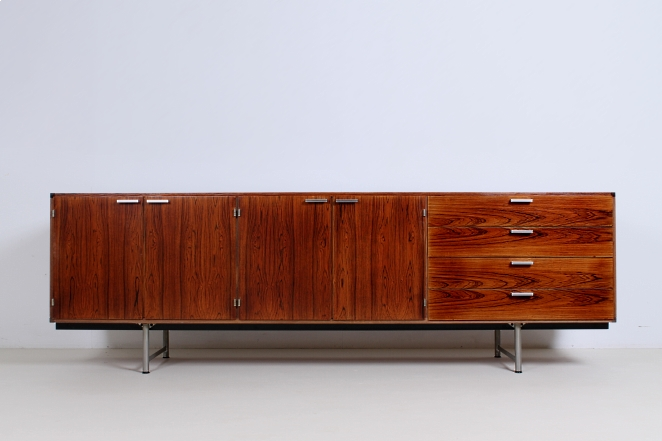 pastoe-ums-CR-series-cees-braakman-rosewood-palissander-credenza-sideboard-low-board-vintage-cencity-storage-cabinet-commode-kast-hout-wood-timber-2