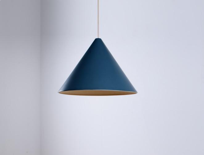 petrol-blue-fifities-cone-shaped-pendant-hanging-light-vintage-anvia-hala-hagoort-vintage-minimal-3