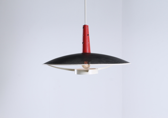 philips-louis-kalff-NB-19-nb19-ufo-perforated-pendant-red-black-design-holland-netherlands-fifties-mategot-influenced-era-1