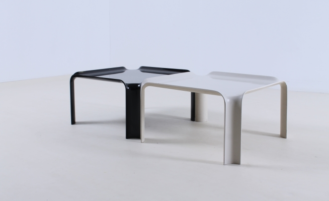 pierre-paulin-artifort-877-coffee-table-fiberglass-F300-set-plastic-black-off-white-seventies-rare-1
