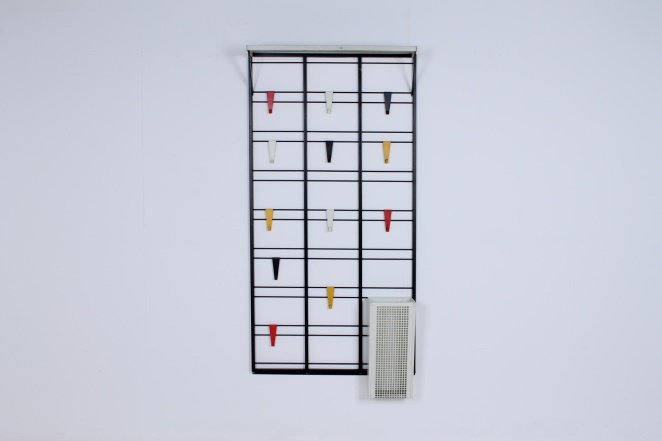 pilastro-coat-rack-toonladder-notenbalk-fifties-dutch-industrial-modernist-design-tomado-metal-household-product-style-1