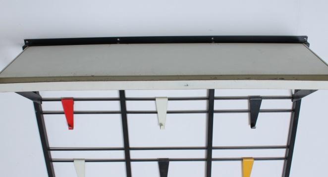 pilastro-coat-rack-toonladder-notenbalk-fifties-dutch-industrial-modernist-design-tomado-metal-household-product-style-4