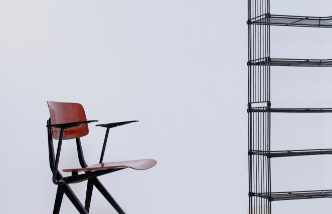pilastro-tomado-style-wire-wiring-modular-metal-storage-vintage-shoe-clothing-shop-decorative-display-industrial-corner-unit-30ies-fifties-9