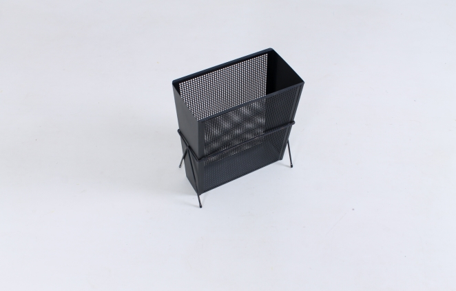 pilastro-umbrella-stand-holder-perforated-metal-tjerk-reijenga-fifties-small-vintage-furniture-design-1