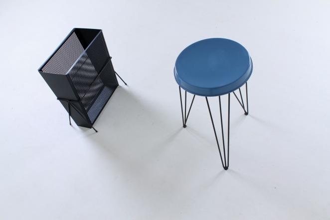 pilastro-umbrella-stand-holder-perforated-metal-tjerk-reijenga-fifties-small-vintage-furniture-design-4