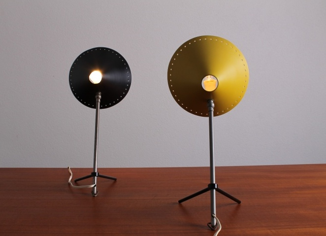 pinocchio-hala-small-black-table-light-stars-tripod-fifties-dutch-busquet-5